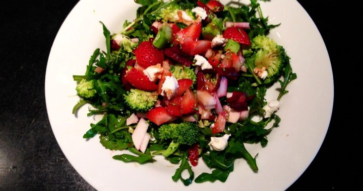 Baby Bok Choy and Strawberry Salad